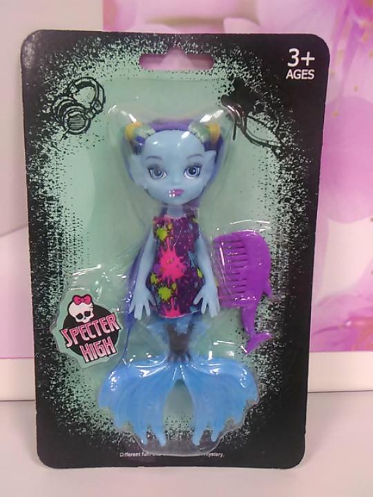 Кукла вампирина с расческой