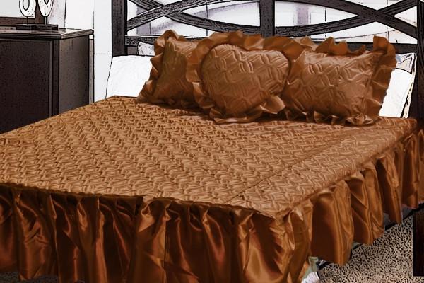 Атласне покривало Шаде з рюшів і подушкою сердечко
