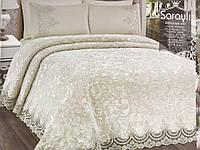 Комплект постельного белья + плед с французским кружевом Estima Krem