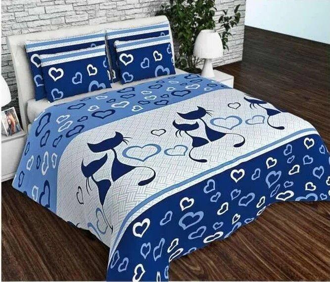 Комплект полуторного постельного белья для всей семьи.