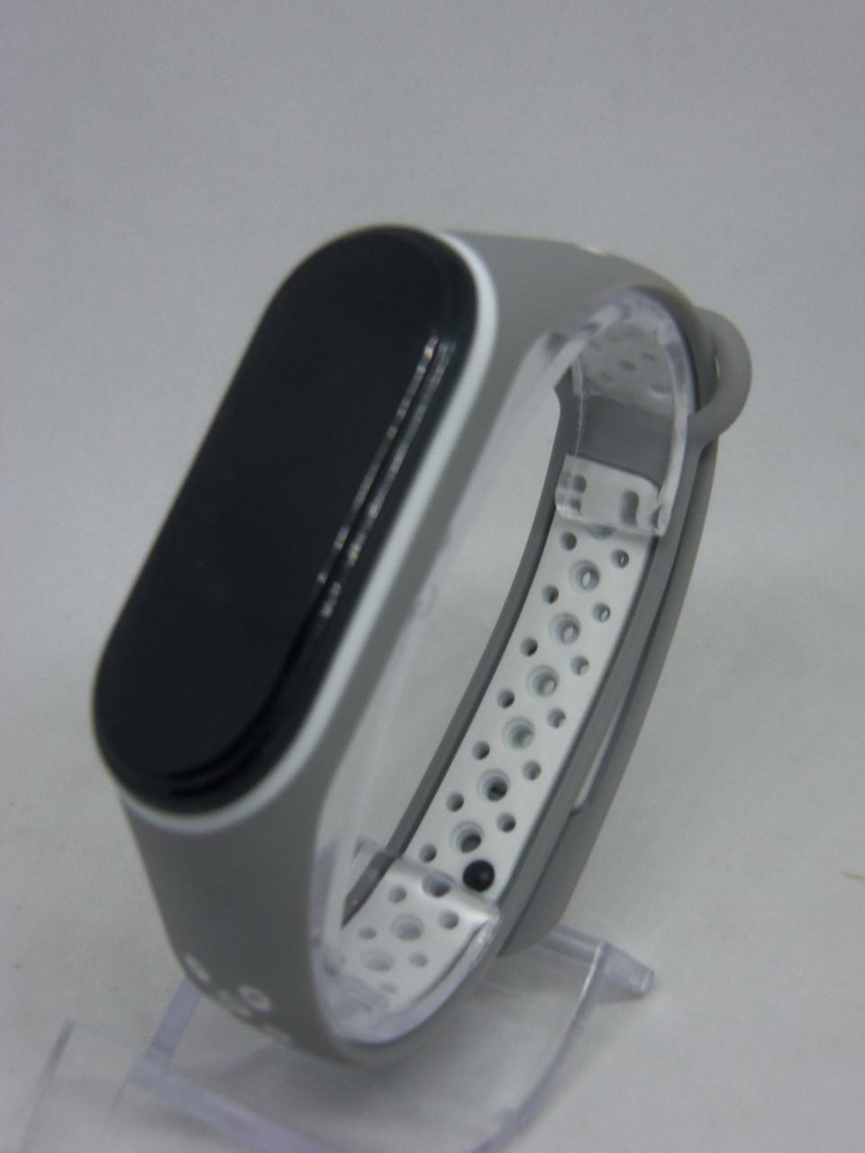 Ремешок перфорированный  Sport браслет  Mi Band 3/4 MiBand 3/4 ми бенд 3/4 серо-белый