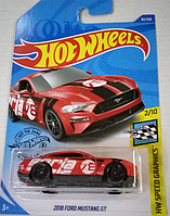 Машинка Hot Wheels 2020 2018 Ford Mustang GT