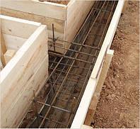 Создание песчаной подушки с уплотнением для фундамента