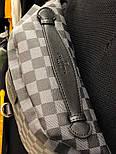 Мужская сумка мессенджер бананка Louis Vuitton серая с черным. Живое фото (Реплика ААА+), фото 4