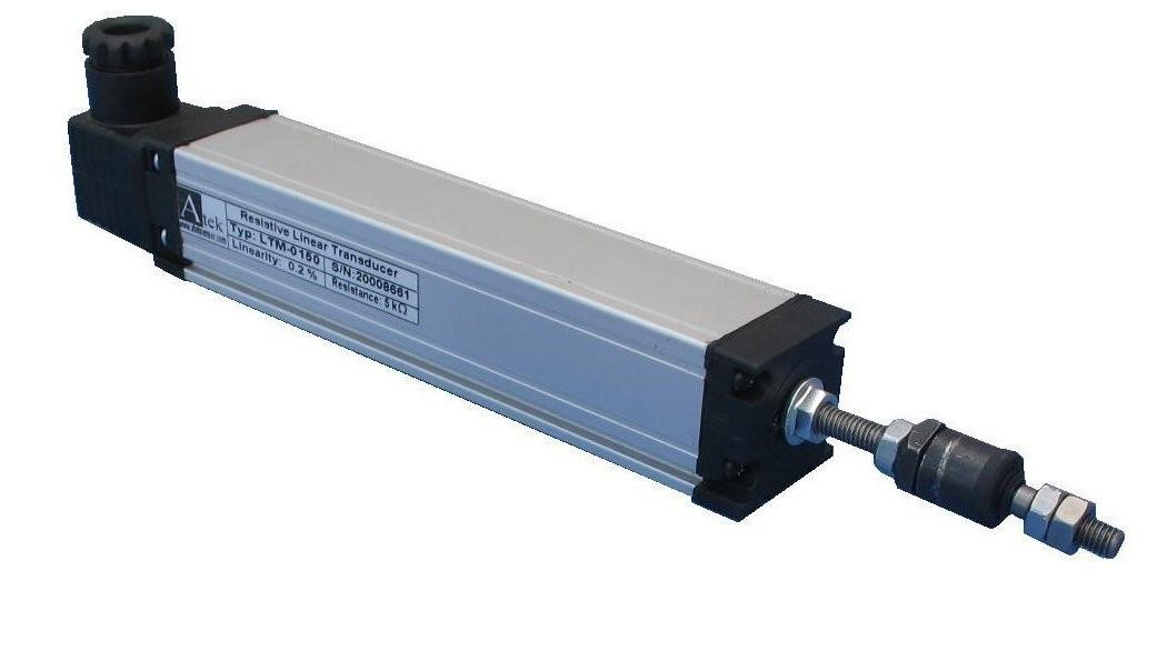 Потенциометрический датчик линейных перемещений крепление корпуса скобами