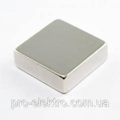Неодимовый магнит квадрат 30х30х10 мм