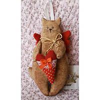 Ароматизированная мягкая игрушка ручной работы Котик  с сердечком. С ароматом кофе, корицы и ванили.