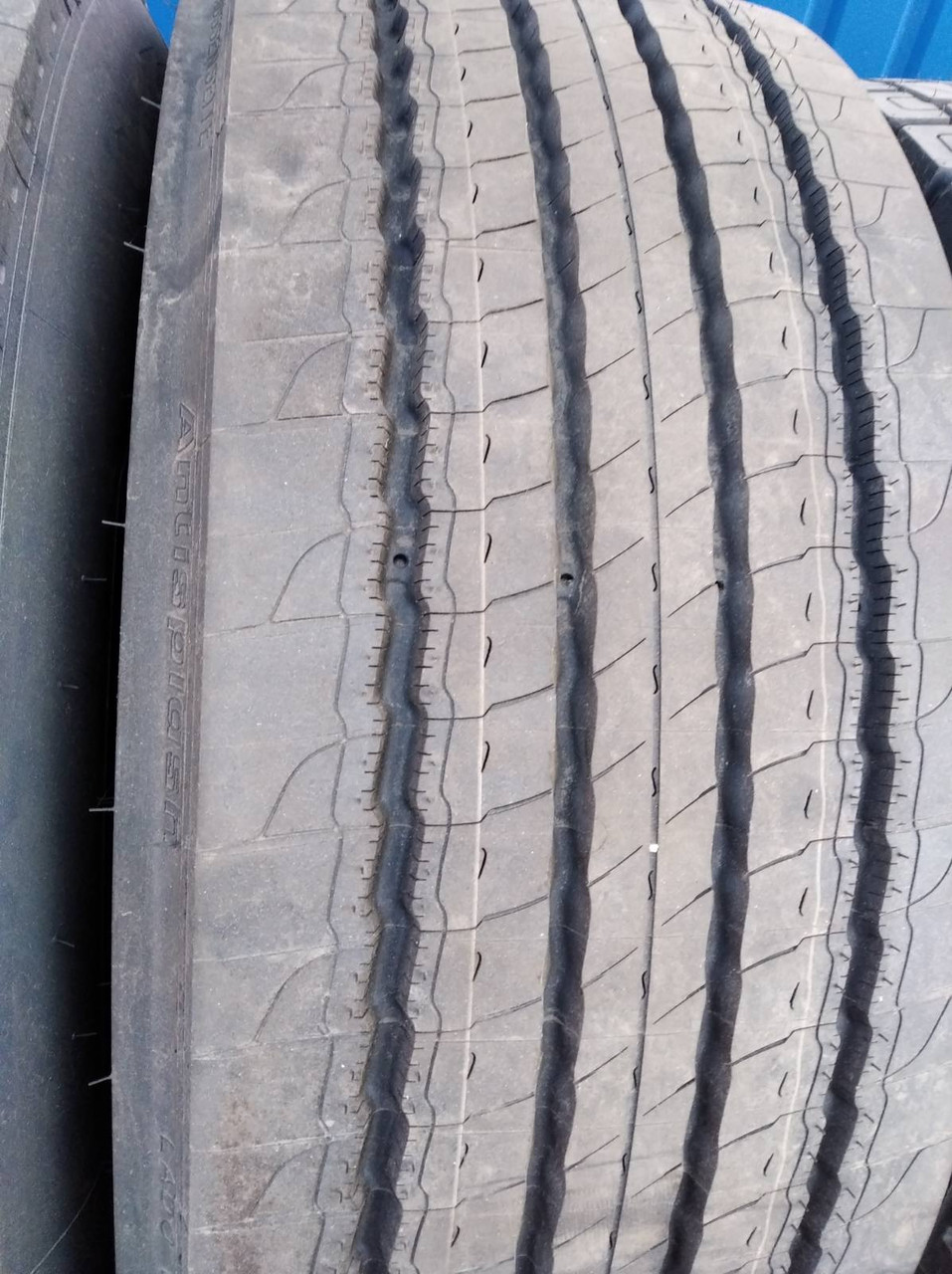 Шина рулевая Michelin 385/65 R 22.5 160KX LINE ENERGY F ANTISPLASH