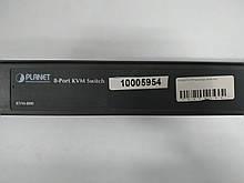 Комутатор на 8 комп'ютерів Planet KVM-800 8port PS/2 metal
