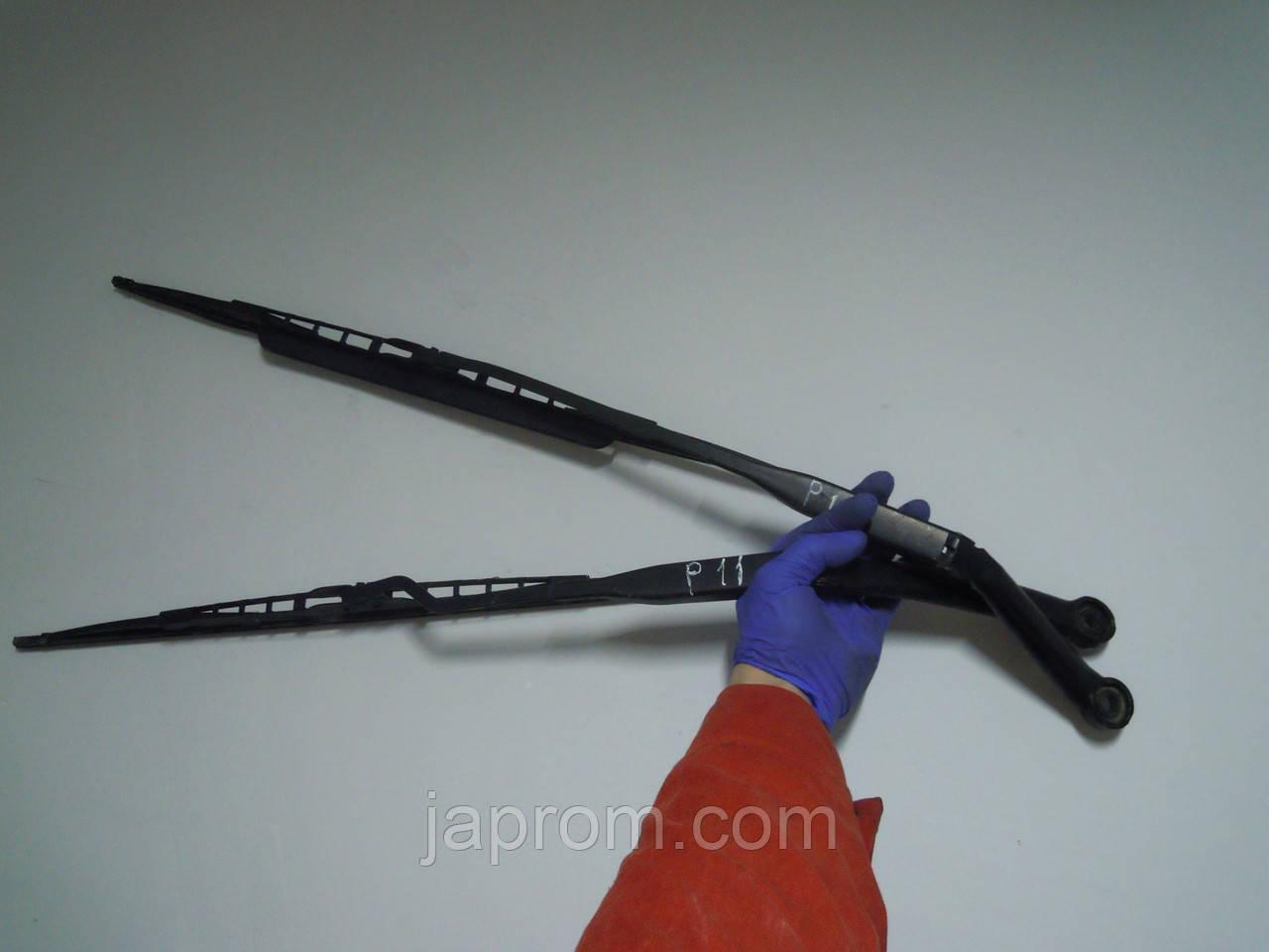Держатель щетки стеклоочистителя поводок дворника (комплект 2шт) Nissan Primera P11 1996-2001г.в