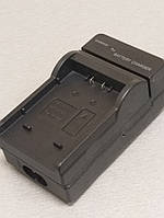 Зарядное на аккумулятор Panasonic    001E