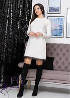 Теплое белое платье трапеция с кружевом из ангоры