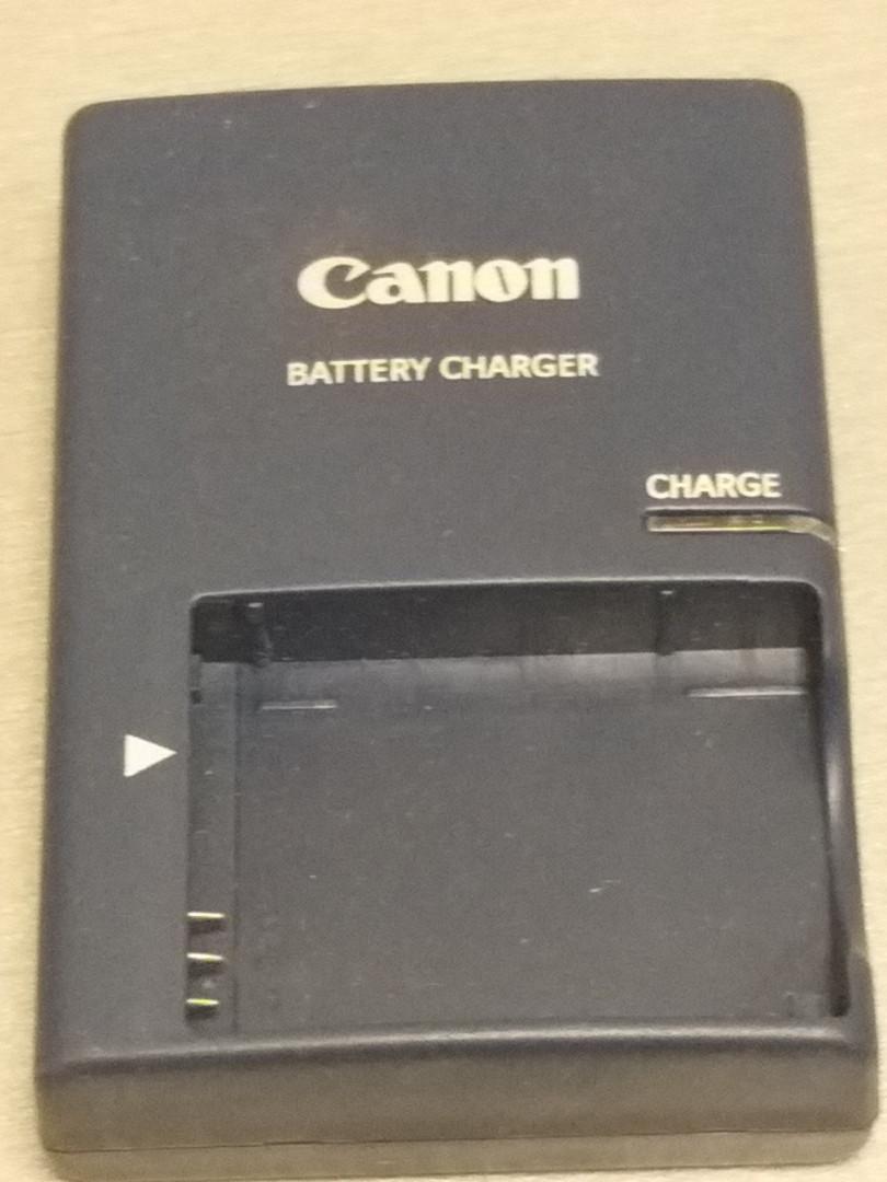 Зарядное на аккумулятор CANON CB- 2LXE NB-5L