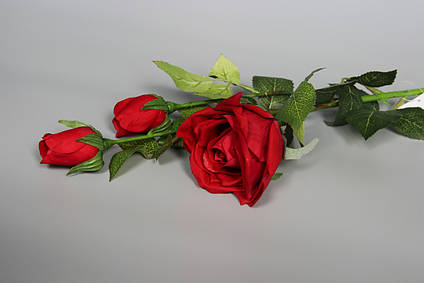Искусственная роза-ветка, ткань,пластик, 73 см, красный (630027)