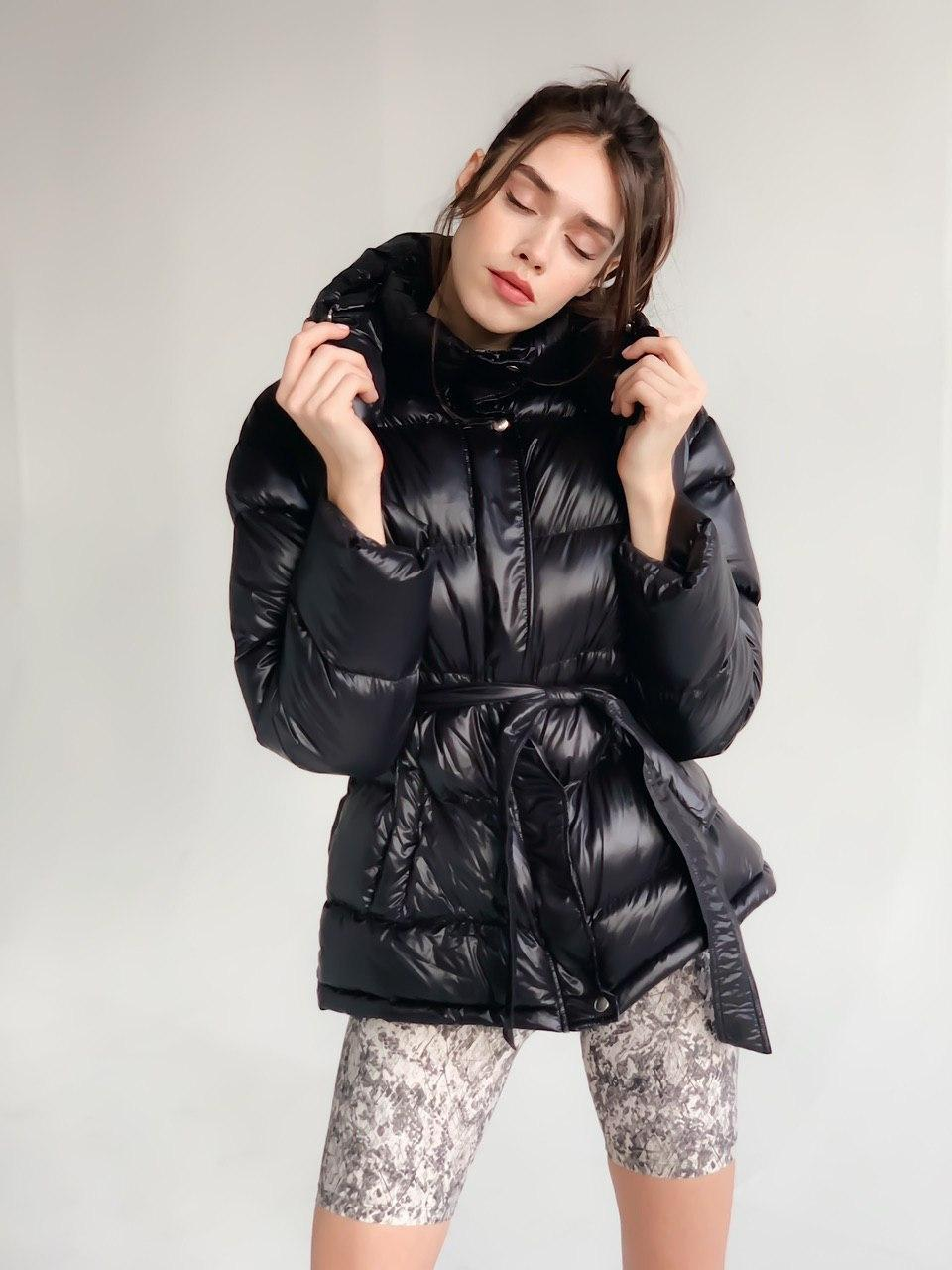 Женская зимняя куртка черная