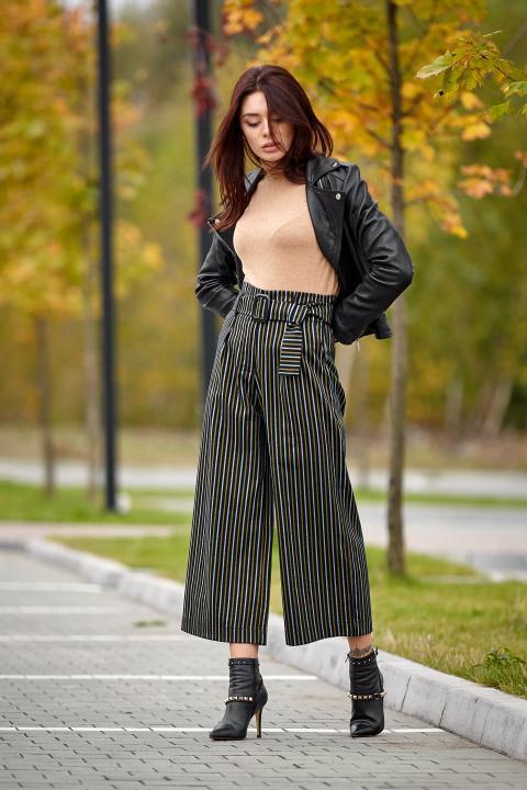 Стильные брюки-кюлот в полоску (Код BR-423)