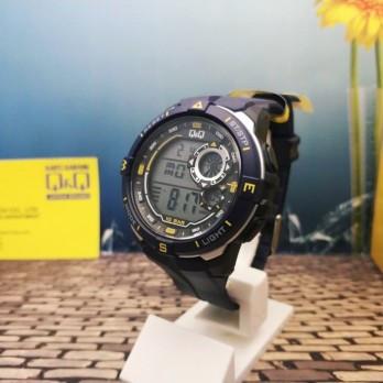 Мужские спортивные часы Q&Q M175J Черные с желтыми вставками