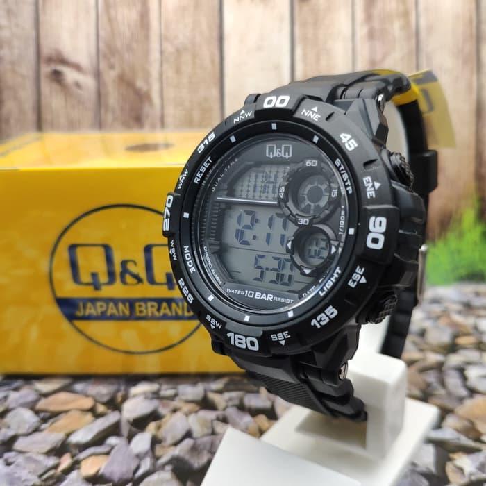Мужские спортивные часы Q&Q M174J черные