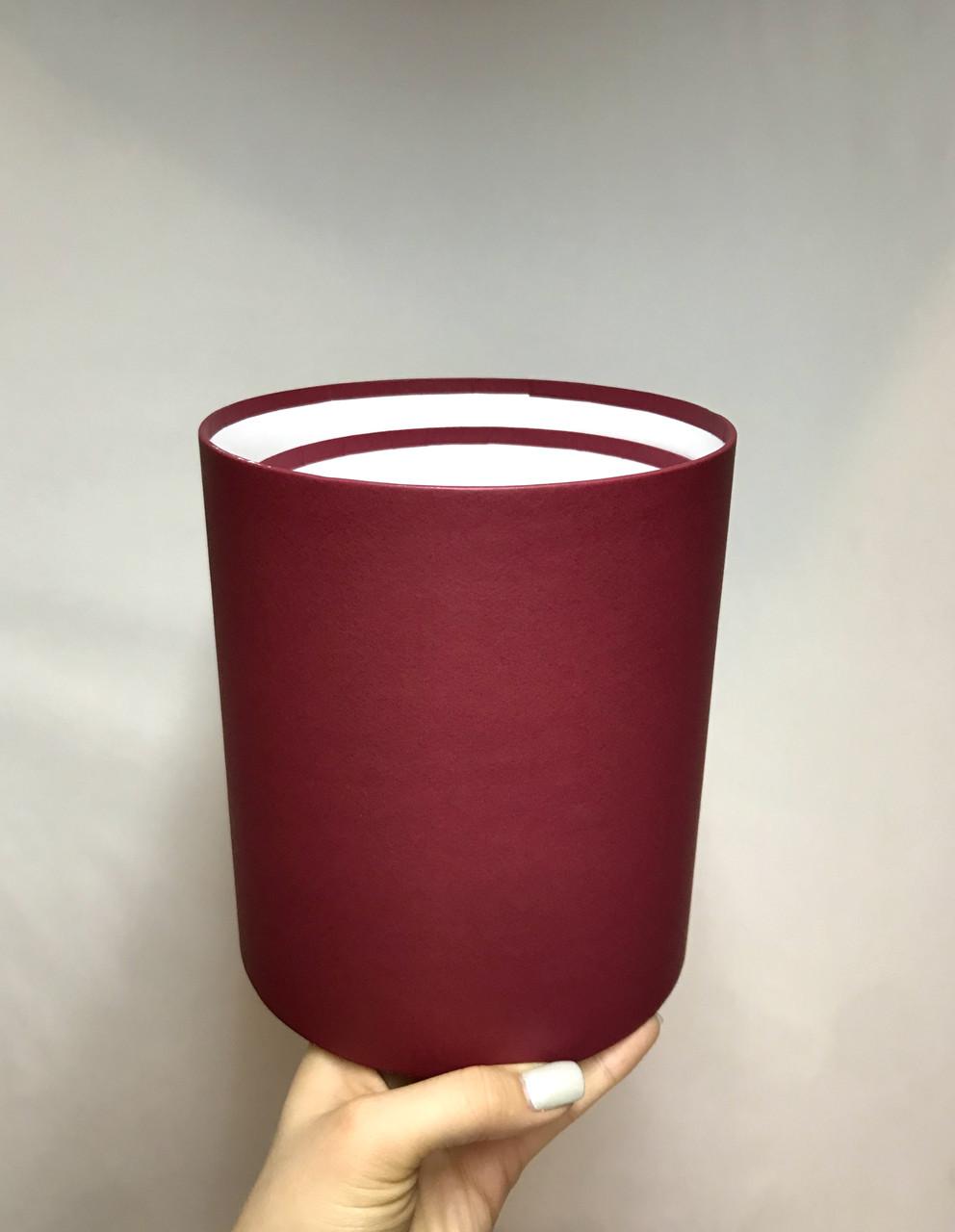 Коробка средняя круглая высокая без крышки