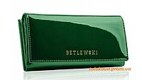 Жіночий гаманець BETLEWSKI RFID з лакованої шкіри ZBPD-BS-72031