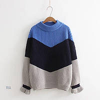 Трехцветный женский объемный свитер под горло tez7704785