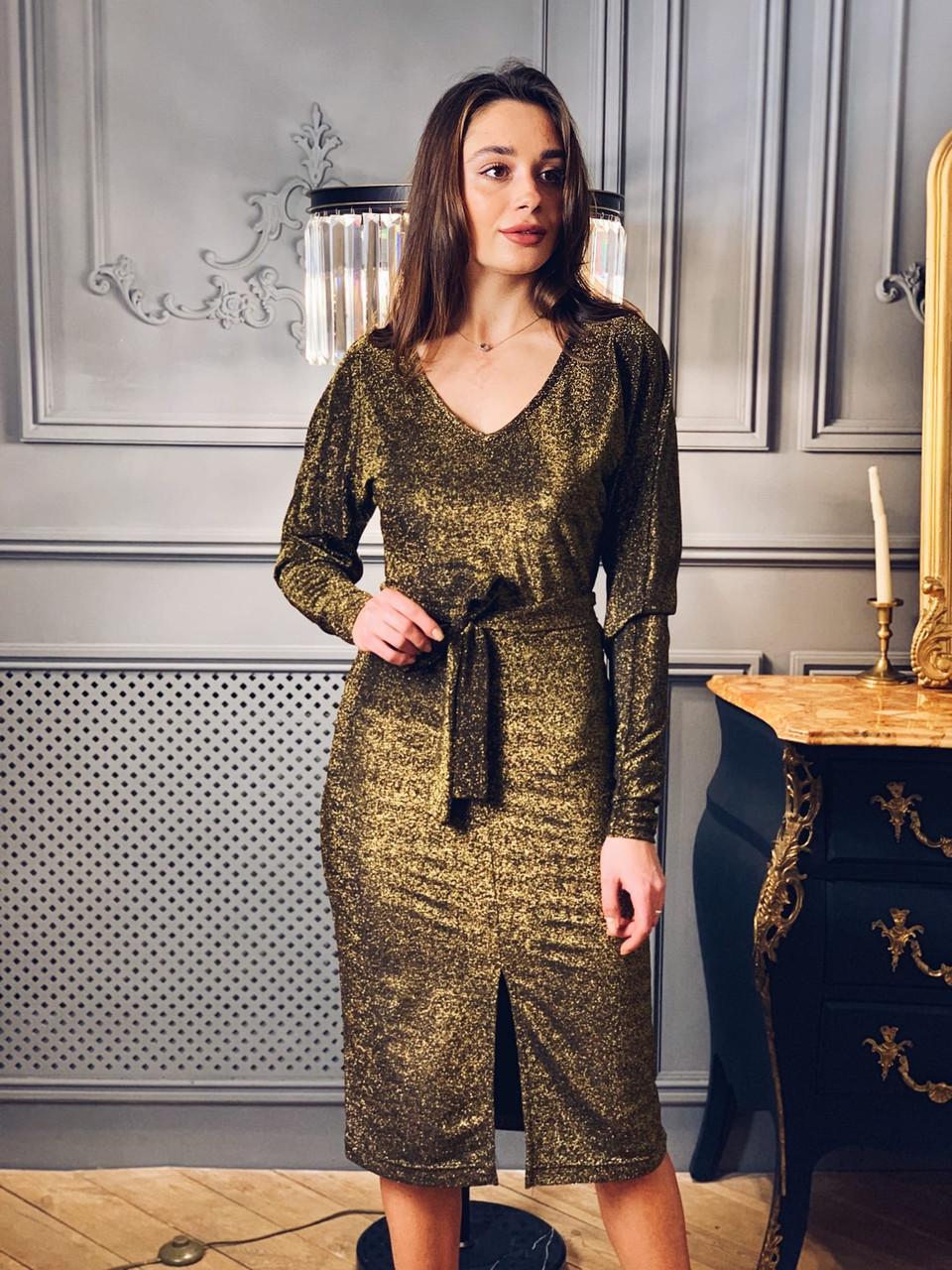 Платье миди из люрекса с вырезом декольте и поясом tez6503722
