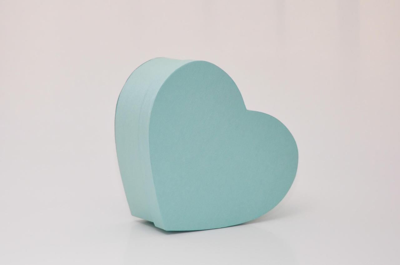 Коробка сердце 30*25*12см мятные нити блеск