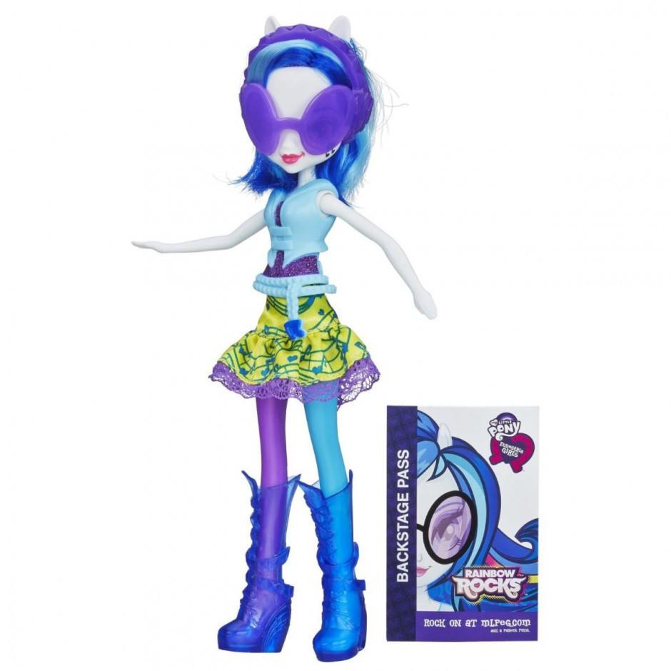 Toy Figure Ukraine Girl In
