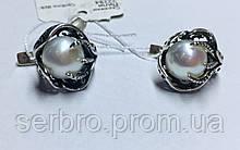 Сережки з білим перлами в сріблі Лілі