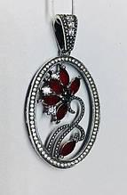 Круглий кулон з квітковим візерунком і червоним цирконом Флоренція