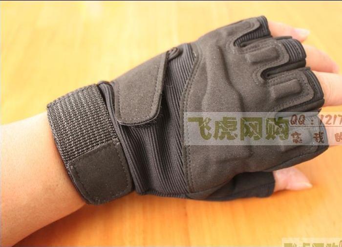 Blackhawk тактические полупальцевые перчатки
