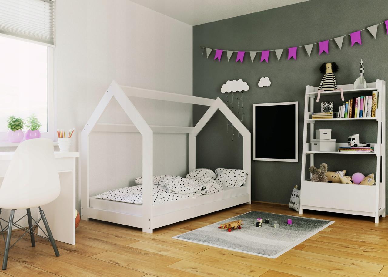 Детская кроватка Домик 160x80