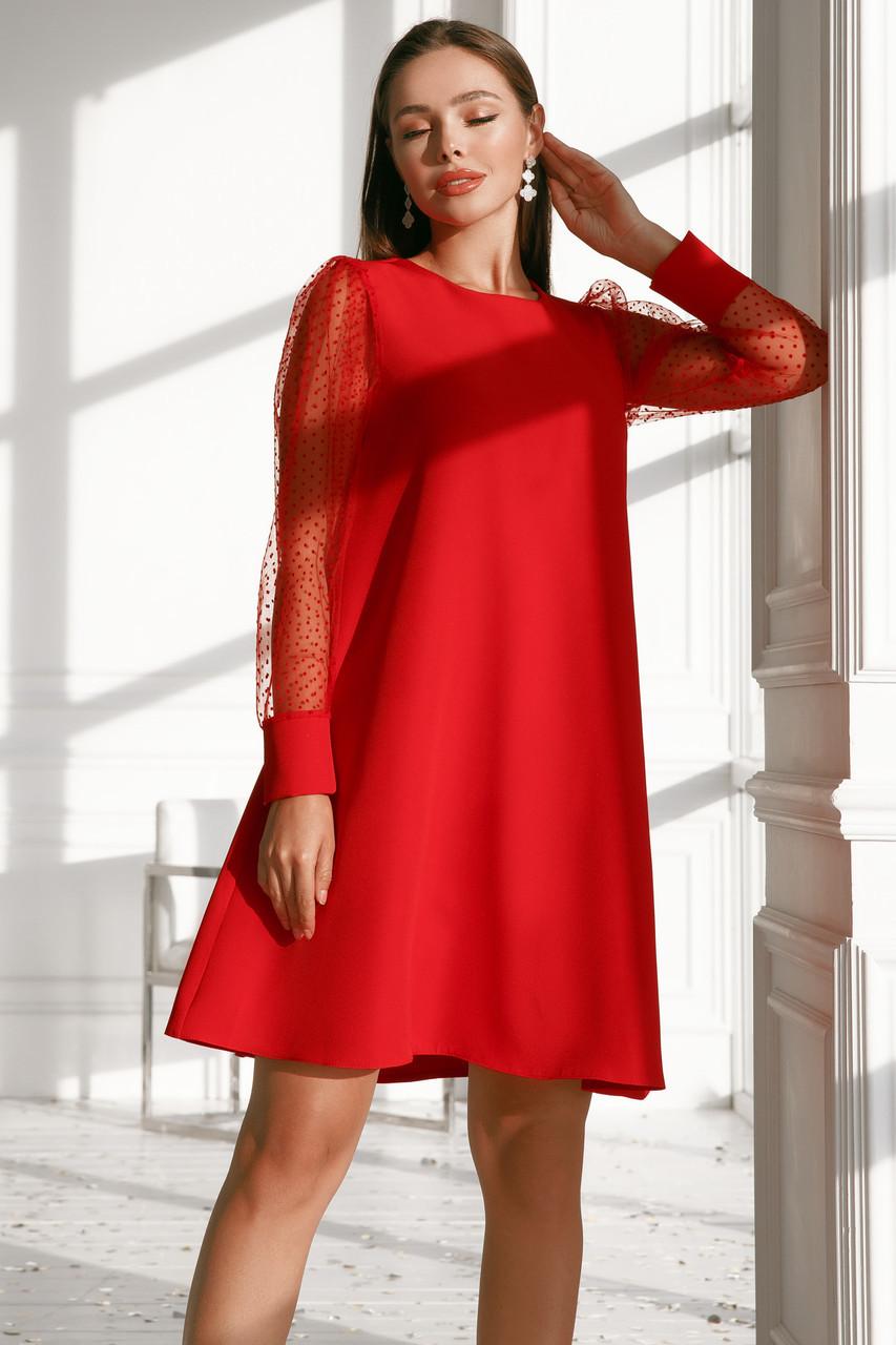 Женское платье с вырезом на спине Красный