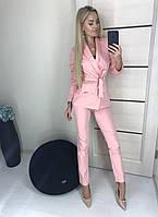 Стильный офисный женский костюм в разных цветах