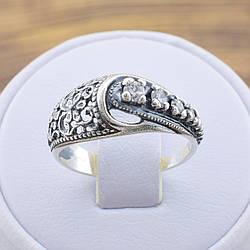 Серебряное кольцо Марьяна вставка белые фианиты вес 2.7 г размер 19