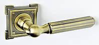 Дверные ручки на квадратной розетке BRILLANTI Z-157 AB (античная бронза)