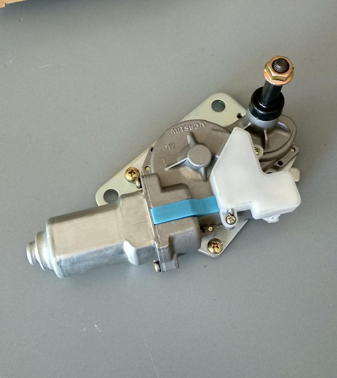 4650570 (4709168, YA00010377) Мотор стеклоочистителя Hitachi WIPER-MOTOR