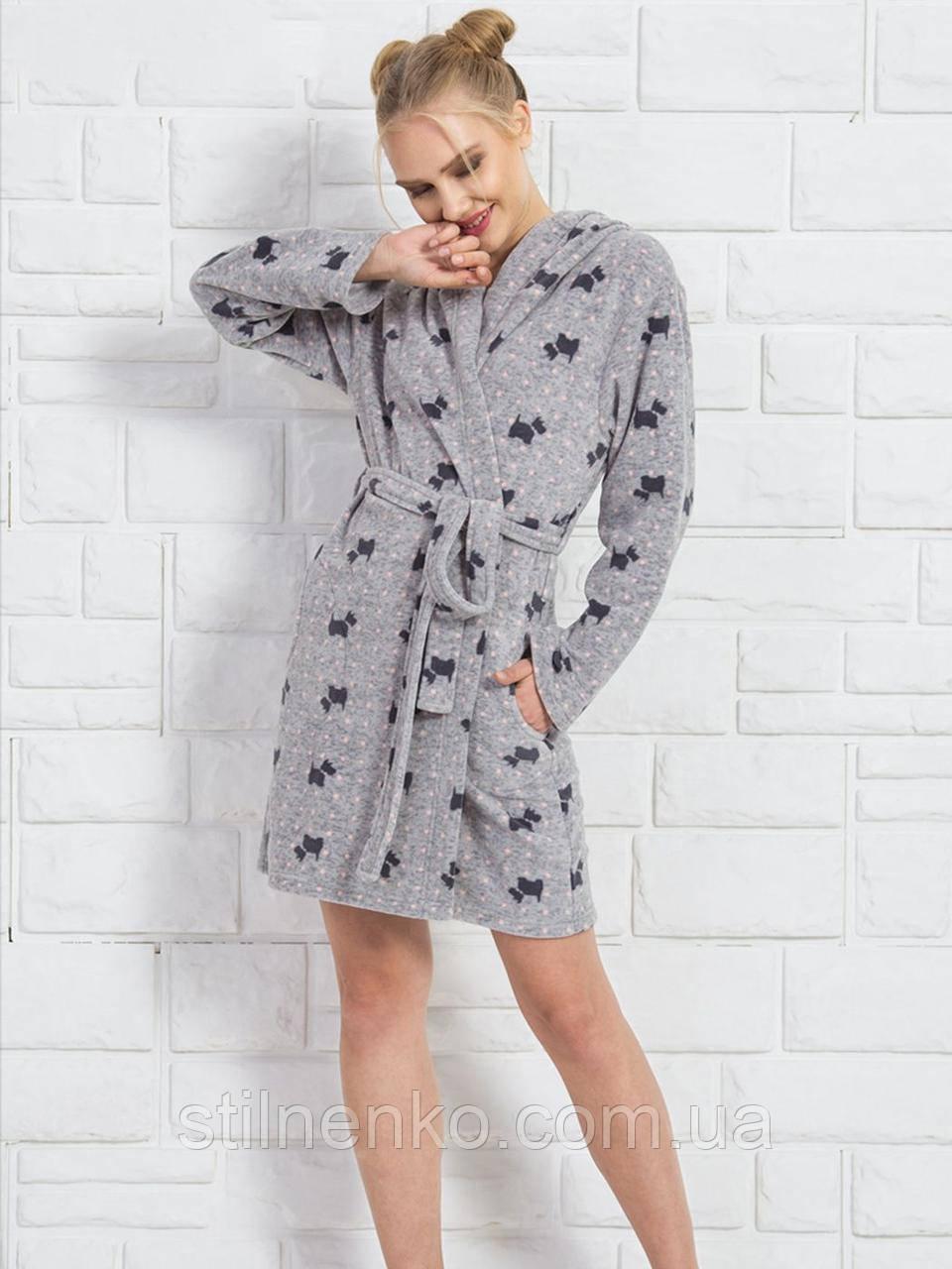Женский халат  с изображением маленьких собачек