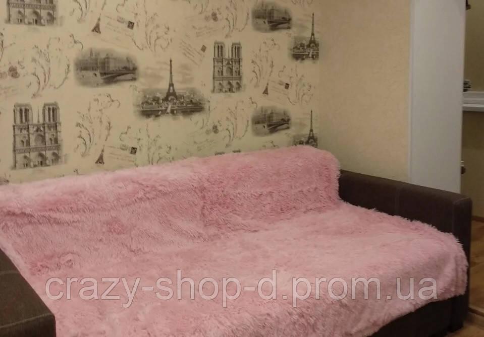 Покрывало на кровать меховое 160х220 в бледнорозовом цвете (пудра)