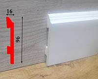 Высокий напольный плинтус из полиуретана под покраску высотой 96 мм Salag Sierra 2,5 м, фото 1