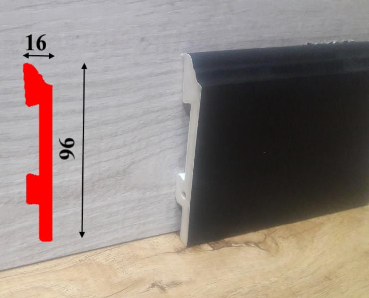 Высокий плинтус чёрного цвета из полиуретана высотой 96 мм Salag Sierra 2,5 м Чёрный