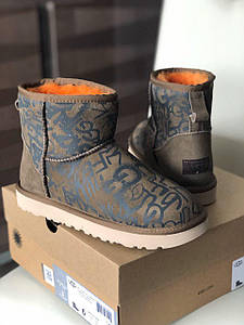 Ugg Classic Mini Street Graffiti