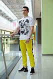 Мужские желтые спортивные штаны с лампасами, модель Рокки, фото 2