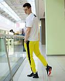 Мужские желтые спортивные штаны с лампасами, модель Рокки, фото 4