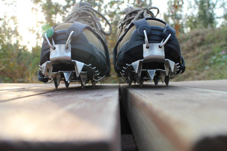 Льодоходи / льодоступи / накладки зимові протиковзкі гумові на взуття з шипами 18