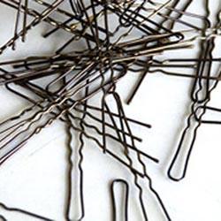 Заколки и шпильки