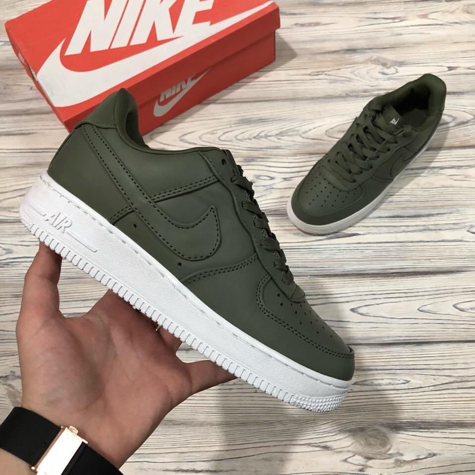 Кроссовки женские в стиле Nike Air Force