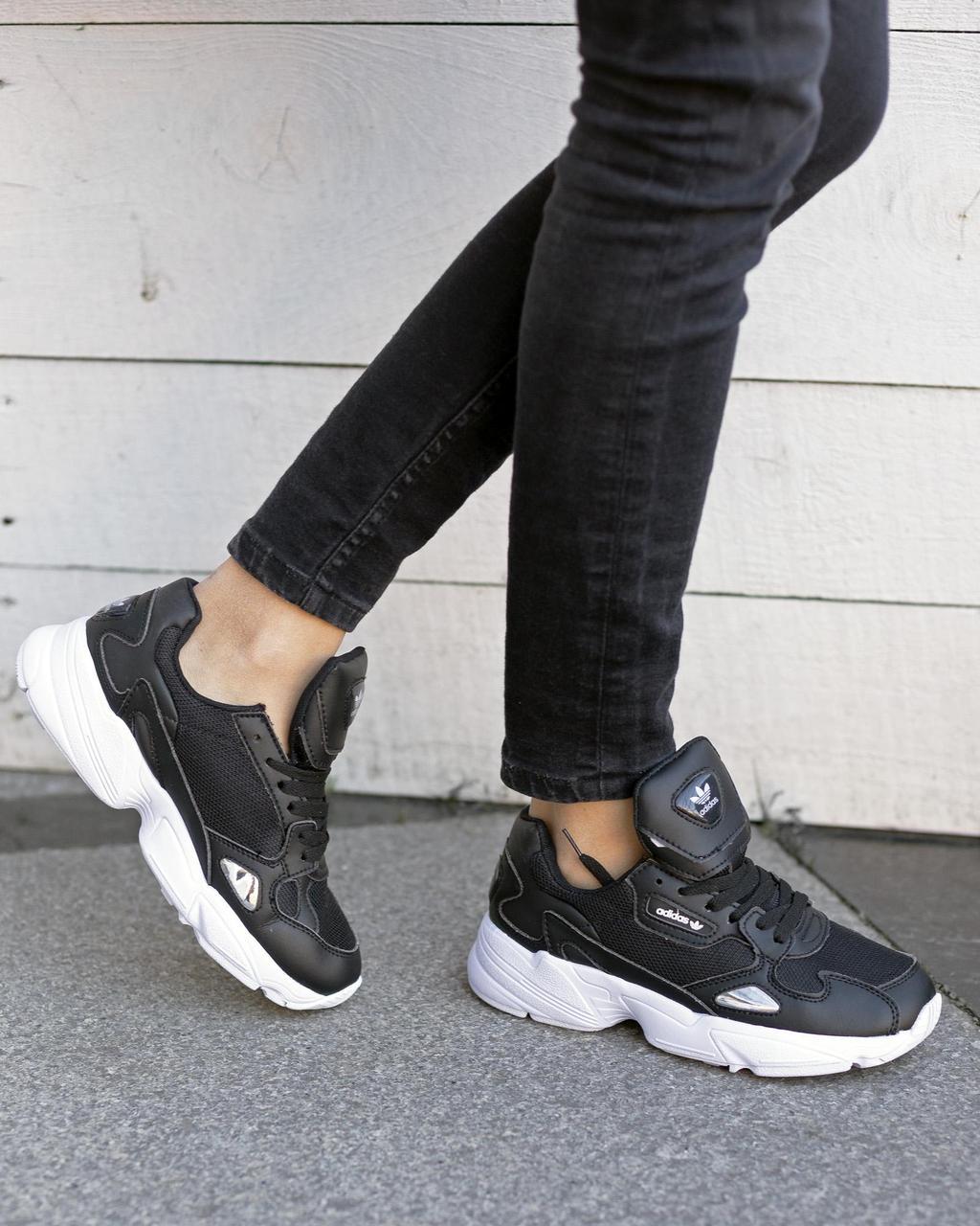 Кроссовки в стиле Falcon Leather