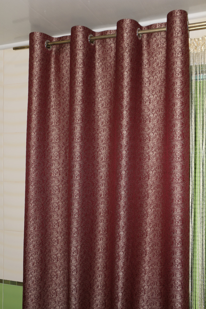 Жаккардовые шторы на люверсах бордовые