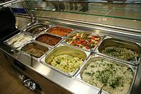 Линии раздачи, самообслуживания, мармиты, салат-бары, охлаждаемые витрины, тепловые витрины.